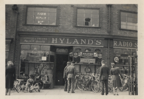 HYLANDS-SENTINEL-ADVERT-1952-1