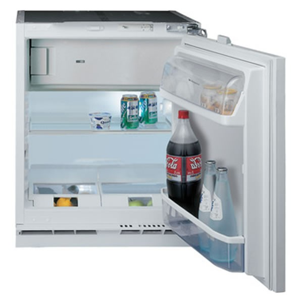 Hotpoint HFA1 Integrated fridge