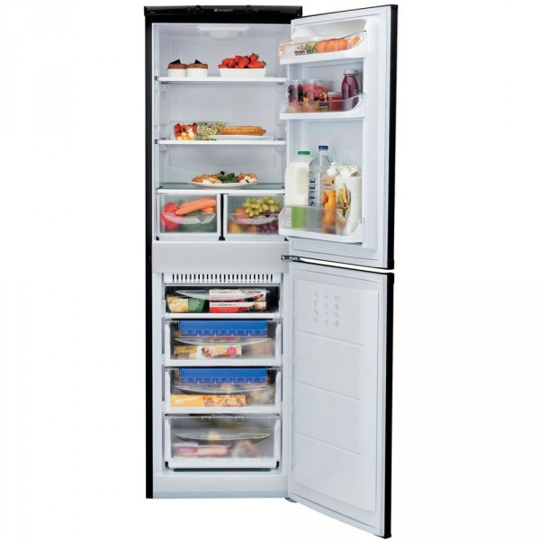Hotpoint FFAA52K 55cm Frost free Fridge freezer in Black