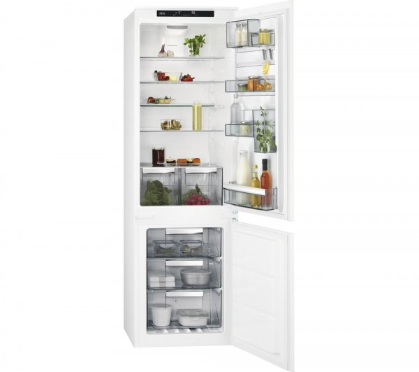 AEG SCE81824TS Integrated Fridge Freezer