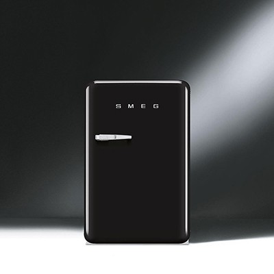 Smeg FAB10RNE Fridge With Ice Box