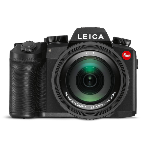 Leica V-Lux 5 front view